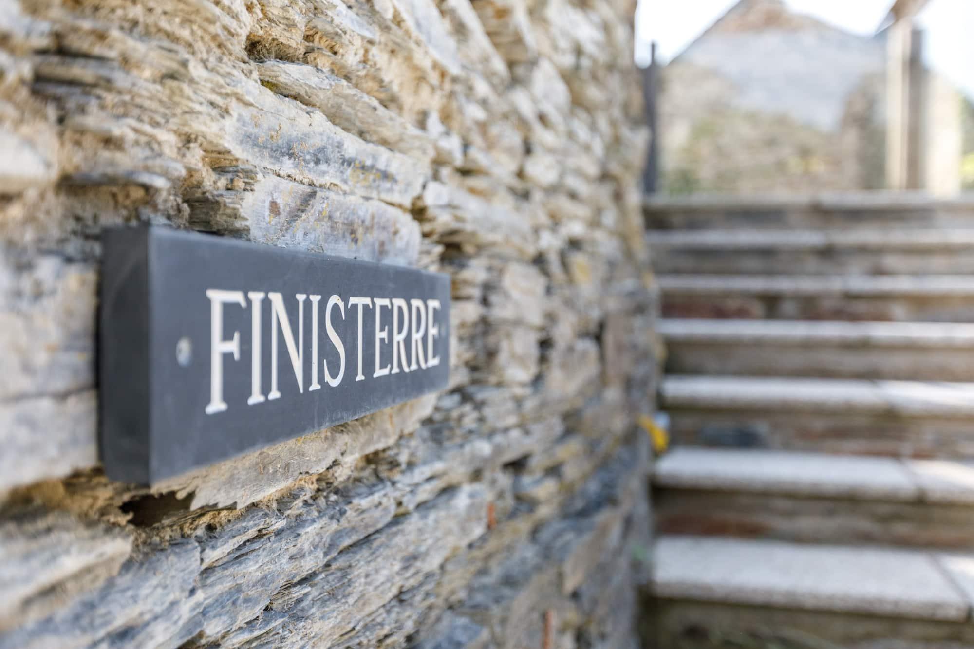 Finisterre - Entrance Sign-pichi