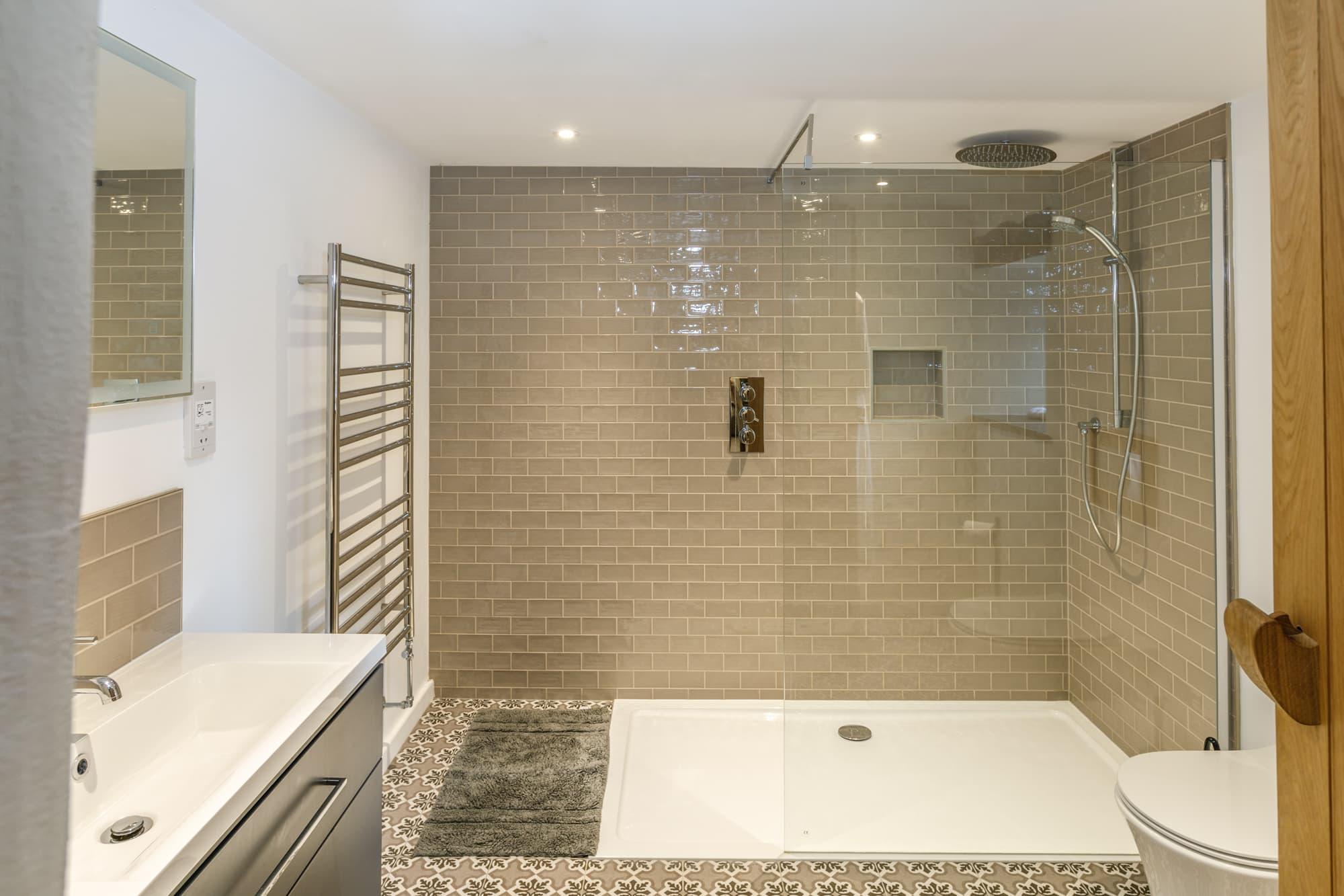 Harlyn - Bathroom-pichi